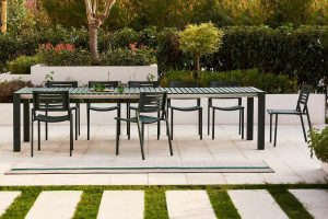 mindo-111-green-table-chairs