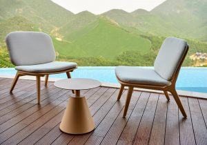 mindo-113-lounge-chairs-side-table